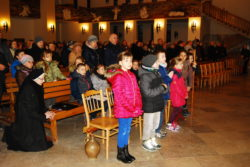 09.03.2018r. Droga krzyżowa w wykonaniu dzieci kl. III (18)