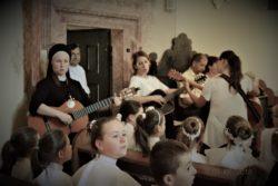 Z pielgrzymką u Mamy-Wąwolnica (13)